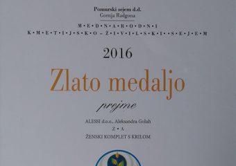 2016 – Ženski komplet s krilom